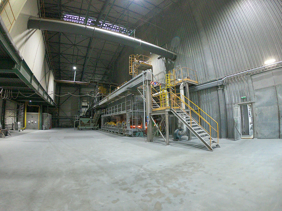 Instalacja centralnego odkurzania pieca szklarskiego
