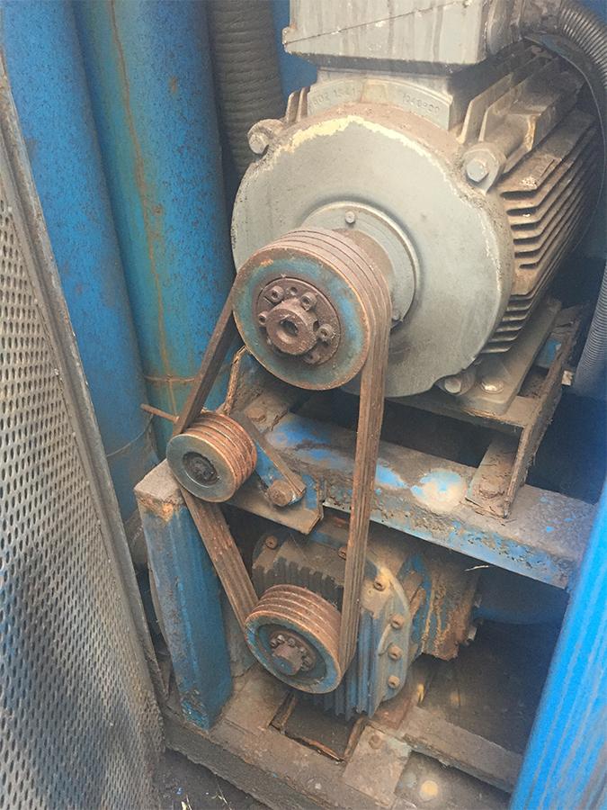Pompa ssąca przed remontem